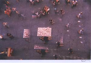 細江英公「草間彌生ハプニング#5 NY 1964年」写真